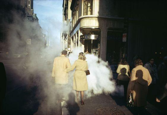 Una escena callejera de Nueva York por Joel Meyerowirz