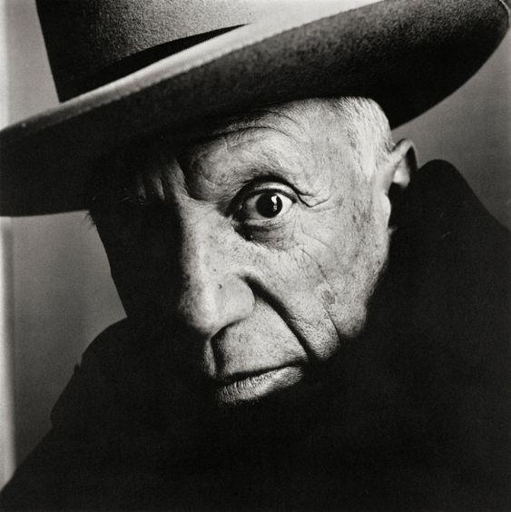 Un retrato en blanco y negro del artista Pablo Picasso por Irving Penn