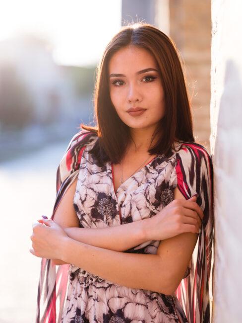 Un modelo femenino de Bukhari