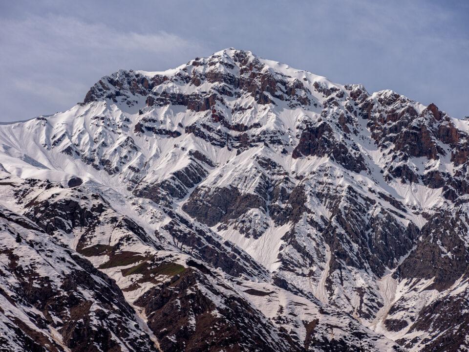 Las montañas nevadas del Parque Nacional Ugam Chatkal