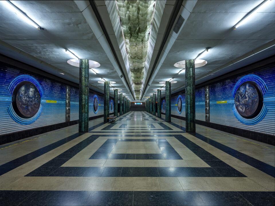 Estación de cosmonautas en el metro de Tashkent