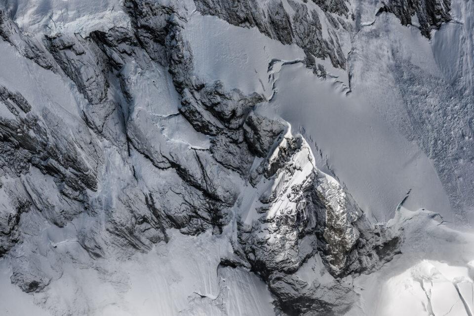 Es más fácil que de costumbre tomar fotos abstractas durante el invierno gracias a los patrones en el hielo y la nieve.