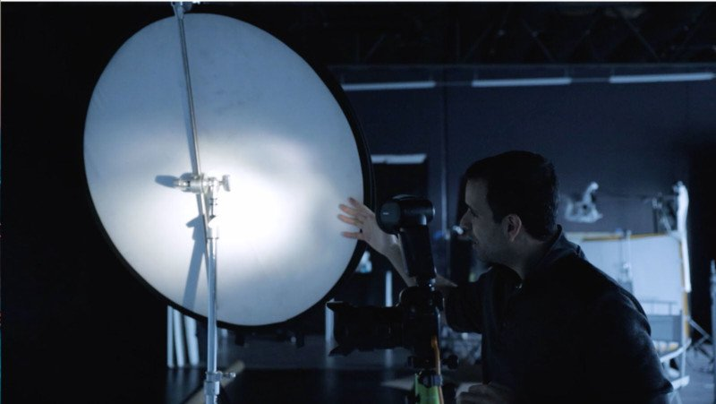 Convierta el flash de su cámara en una softbox de la cámara.