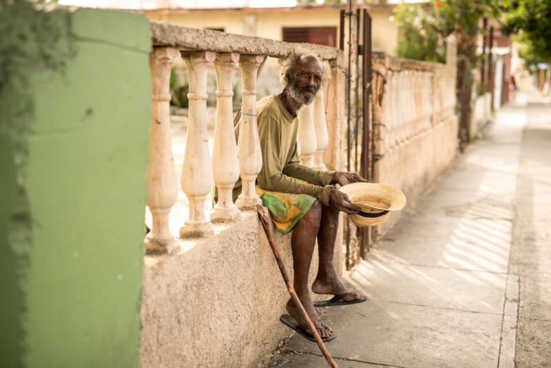 Retratos de extraños en las calles de Cuba