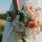 Una pareja afirma que fue engañada por un fotógrafo de bodas amateur usando fotos de archivo