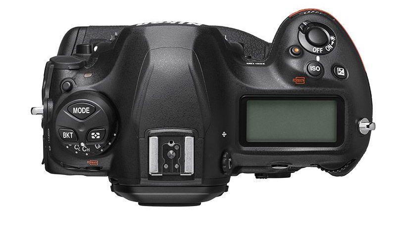 Fotos del producto Nikon D6 filtradas, la campaña de teaser es un gran desastre.