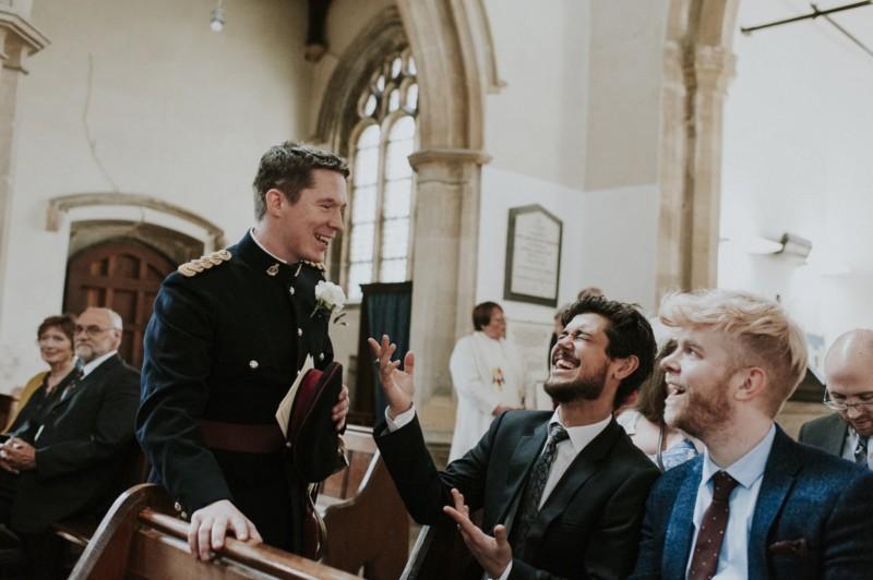 Cómo fotografiar una ceremonia de boda en una iglesia